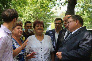 Коньков и Шарыпов на встрече с жителями